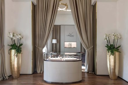 breguet flagship boutique hong kong Luxa Terra