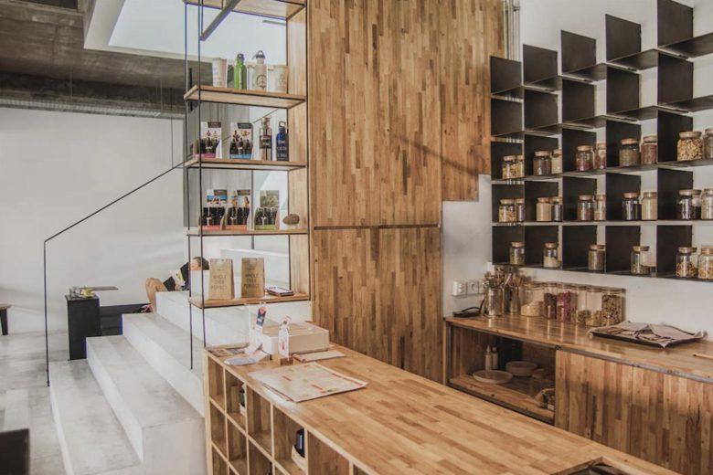 best vegan restaurants bali Living Food Lab Luxa Terra
