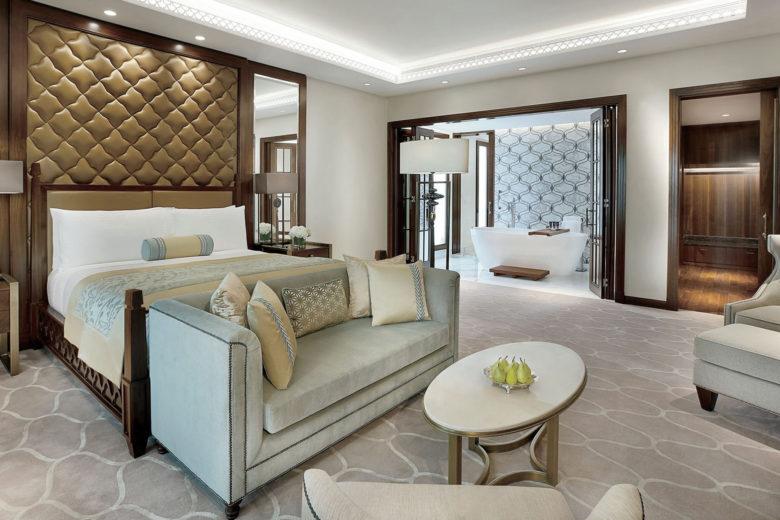 best hotels dubai ritz carlton Luxa Terra